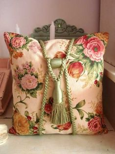 decorating with chintz | Visit ballerina67.tumblr.com