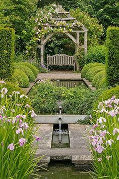 Meet me in the #secret #garden... http://www.kafepauza.mk/zanimlivosti/chekaj-me-vo-tajnata-gradina/