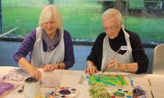 Prescribing art for older people : A programme developed with GP practices connects residents who may be frail or lonely through art workshops.