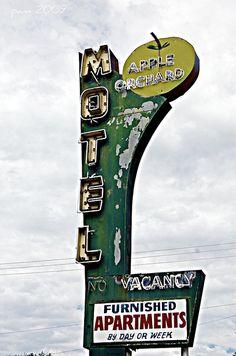 Apple Orchard Motel