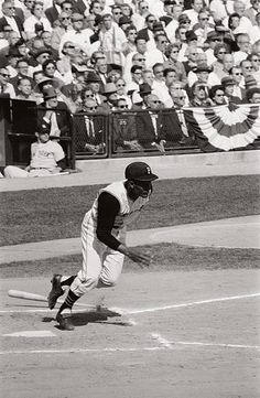 World Series, Pittsburgh Pirates Roberto Clemente in action vs New York Yankees, Get premium, high resolution news photos at Getty Images Pittsburgh Sports, Pittsburgh Pirates, Old Baseball Cards, Baseball Stuff, 1960 World Series, Pirate Pictures, The Mick, Roberto Clemente, Action News