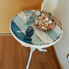 Mill: In Kos in Kos :))) - Dekoration Ideen 2019 Paint Furniture, Furniture Making, Furniture Makeover, Muebles Shabby Chic, Built In Bookcase, Painted Chairs, Beach House Decor, Upcycled Furniture, Painting On Wood