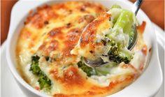 Broccoli Gratin, Broccoli Bake, Vegetarian Casserole, Casserole Recipes, Potato Casserole, Broccoli Casserole, Vegetarian Lasagne, Healthy Cooking, Healthy Eating