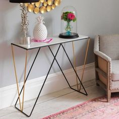 So elegant. Again, the contrasting colours really hits i out of the ballpark. I wouldn't love this quite so much if it were all black. It would take great consideration getting the balance between light furniture and heavy furniture to work together in the same room. Detroit Console Table - New In