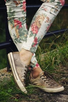 Have a pair of floral print pants like this I love them so much and the shoes so cute