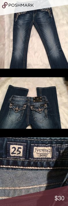 Miss Me Bootcut Jeans in great condition  Size 25 Miss Me Bootcut Jeans in great condition  Size 25 Miss Me Jeans Boot Cut