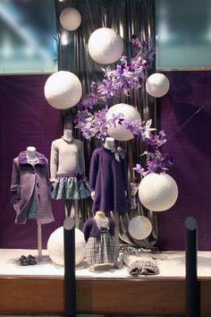 Pili Carrera Boutique window display in Spain Visual Merchandising Displays, Visual Display, Display Design, Store Design, Boutique Window Displays, Store Window Displays, Retail Windows, Store Windows, Design Boutique