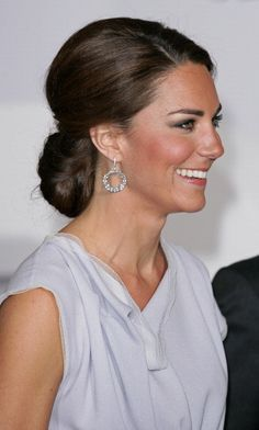 LONDON, UNITED KINGDOM - JULY 30: (EMBARGOED FOR PUBLICATION IN UK NEWSPAPERS UNTIL 48 HOURS AFTER CREATE DATE AND TIME) Catherine, Duchess of Cambridge attends The UK's Creative Industries Reception, as part of The British Government's GREAT campaign at the Royal Academy of Arts on July 30, 2012 in London, England. (Photo by Indigo-Pool/Getty Images)