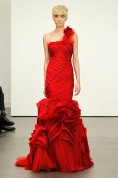 Vera Wang Sees Red for Spring 2013 Brides