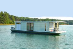 Small Houseboats | This prefab Houseboat , which we want to hijack and sail away on, was ...