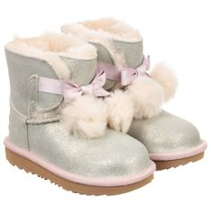 Best 25 UGG australia ideas on Pinterest  UGG Boots Pink uggs and Victoria secret outfits