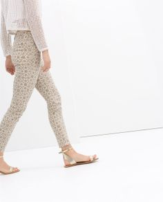 Image 4 of 5 POCKET PRINTED TROUSERS from Zara