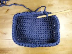 in Spanish but photos Crochet Home, Love Crochet, Diy Crochet, Crochet Stitches, Crochet Patterns, Crochet Storage, Crochet Sunflower, Crochet Market Bag, Crochet Decoration