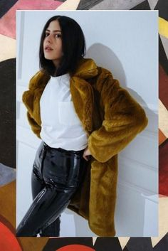 The best vintage finds are the true secret to the perfect street-style outfit.. that's why we've rounded out of favorite items that every fashion girl should own. Make like Gilda Ambrosio and grab these ASAP