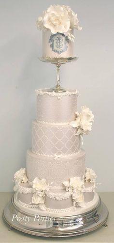 Pretty Parties - Custom Cakes W-16 Wedding Cake www.prettyparties.net.au