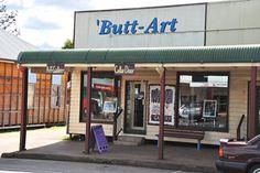 Black Butt Funny Town Name Queensland Australia | The Travel Tart Blog