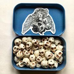 Skull Decor, Skull And Crossbones, Halloween Skull, Skulls, Room Decor, Medium, Instagram, Accessories, Room Decorations