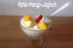 Apfel-Mango-Joghurt - Rezept: http://abnehmen30.de/ernaehrung/rezepte/apfel-mango-joghurt/432/