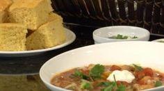 Chicken and White Bean Chili - #halloweenrecipes #fallrecipes #chilirecipes #theelegantoccasion