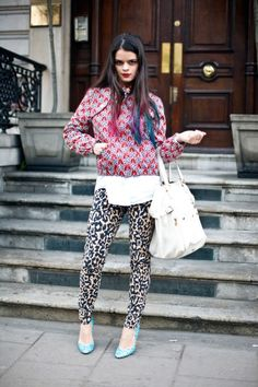 THIS CHICA     Bip Ling, veryfirstto.com Luxforecast Connoisseur, at London Fashion week. Image via Bip Ling.