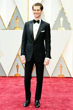 Andrew Garfield attends the 89th Annual Academy Awards at Hollywood & Highland Center on February 26, 2017 in Hollywood, California  Pinned by @lilyriverside