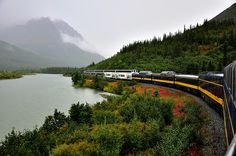 omg...this is the Alaska Railroad...!! I see this everyday all summer long... (tourist train usually)
