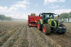 The Arion 500 and 600 #tractors can now be specified with an in-house design of #Claas CVT transmission.