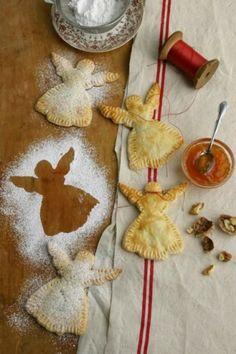 Kerst - Engeltjes van bladerdeeg. Gevuld met appelflapvulling?