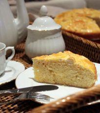 Vasilopita o Pan dulce de Año Nuevo Pan Bread, Cornbread, Ethnic Recipes, Pains, Food, Bread Crumbs, Buns, Sweets, Egg Yolks