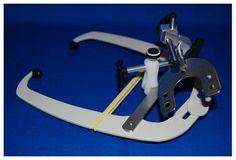 ARCO FACIAL• Facilita el montaje del modelo en el articulador - Cod 31009