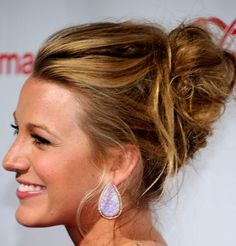 blake lively always has the most timeless hair!