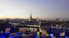 The Ritz-Carlton, Vienna - Atmosphere Rooftop Bar & Lounge offers a spectacular view over the roofs of Vienna.