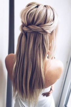 Twisted Half Up Straight Hairstyles  #straighthairstyles #longhair #hairstyles ❤️Are you looking for straight hairstyles that are all the rage this season? We have a collection of hairstyles for straight hair that look really cute.❤️ #lovehairstyles #hair #hairstyles #haircuts