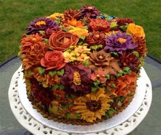 Most Beautiful Butter-cream Art Cake Gorgeous Cakes, Pretty Cakes, Cute Cakes, Amazing Cakes, Rodjendanske Torte, Thanksgiving Cakes, Thanksgiving Birthday, Bolo Cake, Fall Cakes