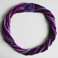 zamotek we fioletach Creations, Vogue, Knitting, Crochet, Knitted Scarves, Accessories, Beaded Necklaces, Shawl, French
