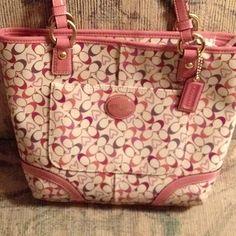 New coach purse for spring! Super cute <3