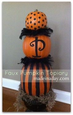"Another ""fake"" pumpkin topiary idea"