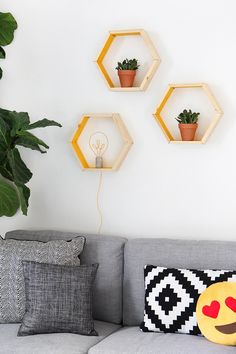 MY DIY | Hexagon Shape Shelves