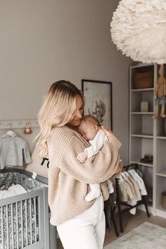 Couple Pregnancy Pictures, Baby Pictures, Cute Newborn Baby Boy, Baby Kids, Romantic Maternity Photos, Panda Bebe, Cute Baby Videos, Future Mom, Newborn Shoot