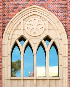 Sometimes elegant design hides in plain sight. So it is with the arch, a simple wonder of architecture. At USC's University Park Campus, rounded and pointed arches are so common that you can't blame busy students for walking by them … Canning, Mirror, Architecture, Arches, Image, Design, Arquitetura, Mirrors