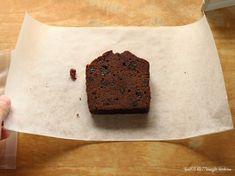 パウンドケーキに、クッキーに…お菓子をラッピングする時に、お菓子の油で袋が汚れることってありますよね。折角上手に作れても、袋が汚れていては何だかイマイチどうせならもっと綺麗にラッピングしたい!と思った結果…いい方法を発見しました!本日は、