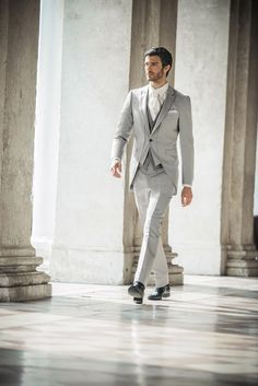 White tie on white -- Pal Zileri Cerimonia 2013 Mens Attire, Groom Attire, Groom And Groomsmen, Mens Suits, Groom Suits, Suit Men, Wedding Men, Wedding Suits, Wedding Tuxedos