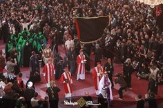 Iraqi Christians in Karbala procession, paying respect to the martyrdom of the grandson of Prophet Muhammad, Imam Hussain. Respect for all faiths is a must. Who Is Hussain, Imam Hussain, Karbala Photography, Muharram, Prophet Muhammad, Christianity, Religion, Faith