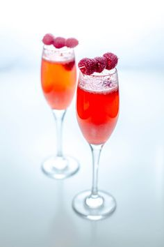 Raspberry Bellini with Organic Coconut Nectar Coconut Sugar, Coconut Water, Raspberry Bellini, Champagne Bottles, Summer Cocktails, Prosecco, Eating Habits, A Food, Food Processor Recipes