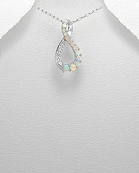 Sterling silver pendant decorated with white diamond
