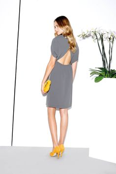 Grey dress &  yellow heels and purse | why did I never think of this? I even have the perfect yellow wedges!