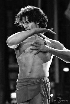 © Irina Tuminene  DANCE OPEN 2013  Herman Cornejo