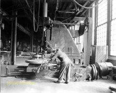 Altoona Works - Milling Machine 1936 #machining