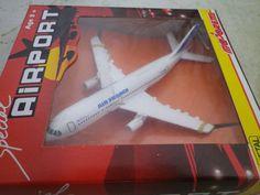 MAJORETTE AIRPORT 1992 AVION AIRBUS A 300 AIR FRANCE état neuf en boite rigide