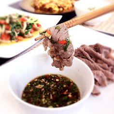 Food Makes Me Happy: Top Recipe - Shabu Shabu Black Angus Beef Slices with Ponzu Garlic Dipping Sauce